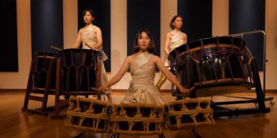 写真:女性和太鼓ユニット びんか LIVE